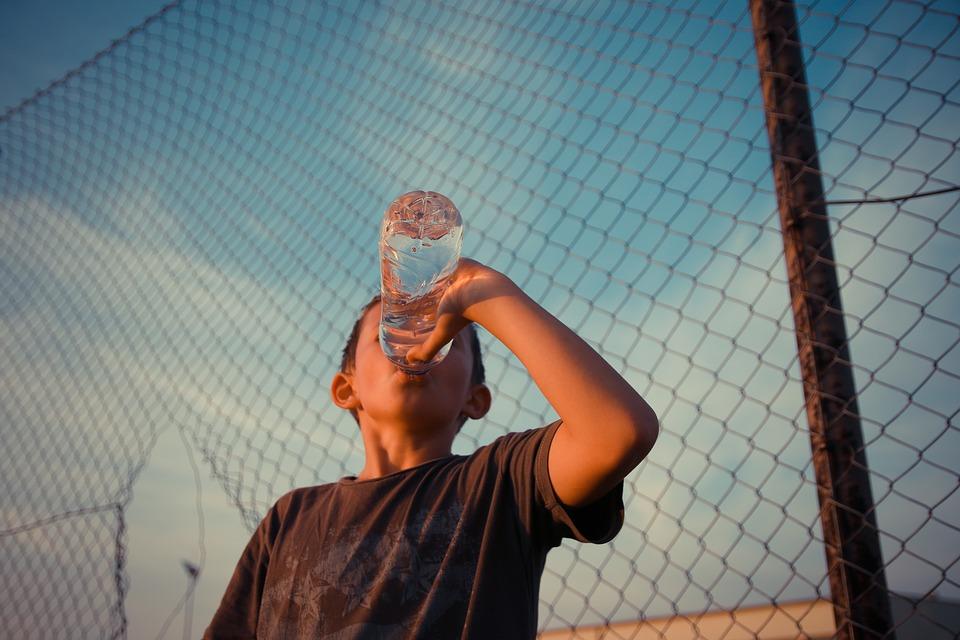 Drinken wij genoeg water?